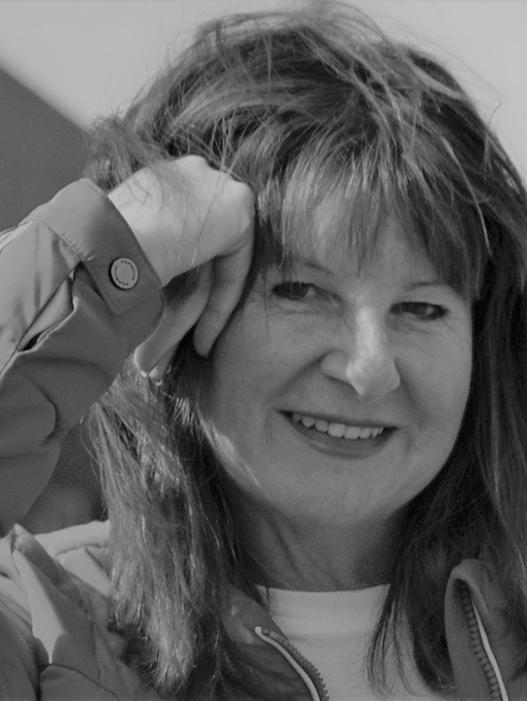 Fiona Bryan bio